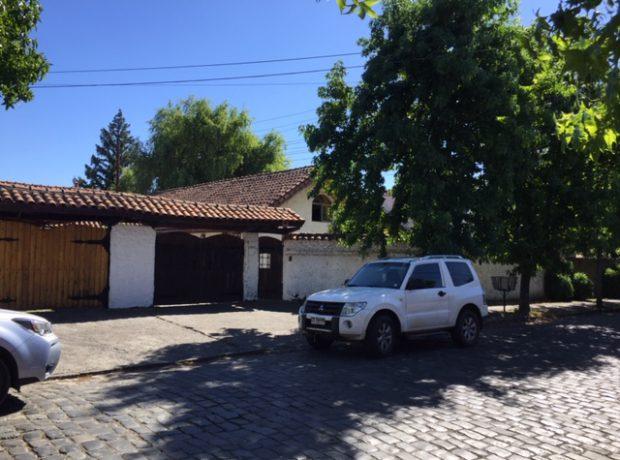 Se Vende Casa central a pasos Clínica Amapola